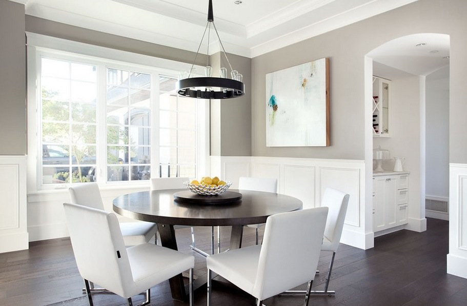 round-dining-space
